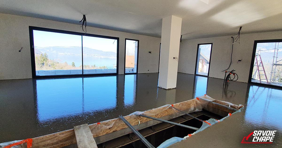 Chape ciment dans villa au bourget du lac